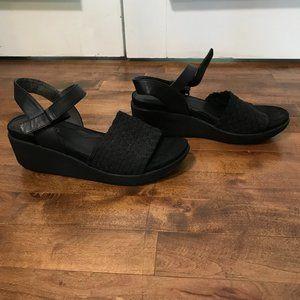 BareTraps Erker black weave platform sandal, 8M